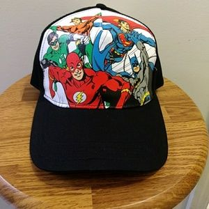 DC Comics Avengers cap
